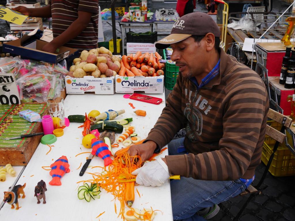 Mustafa at Campo de' Fiori www.thesweetwanderlust.com