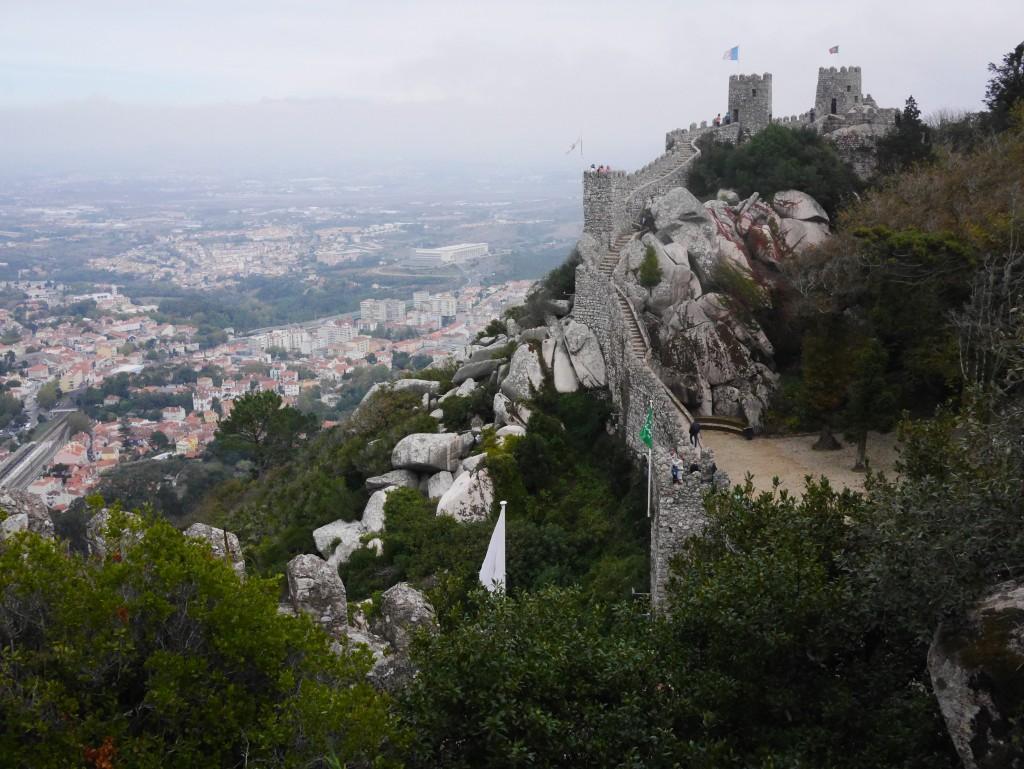 Sintra- Moorish Castle thesweetwanderlust.com