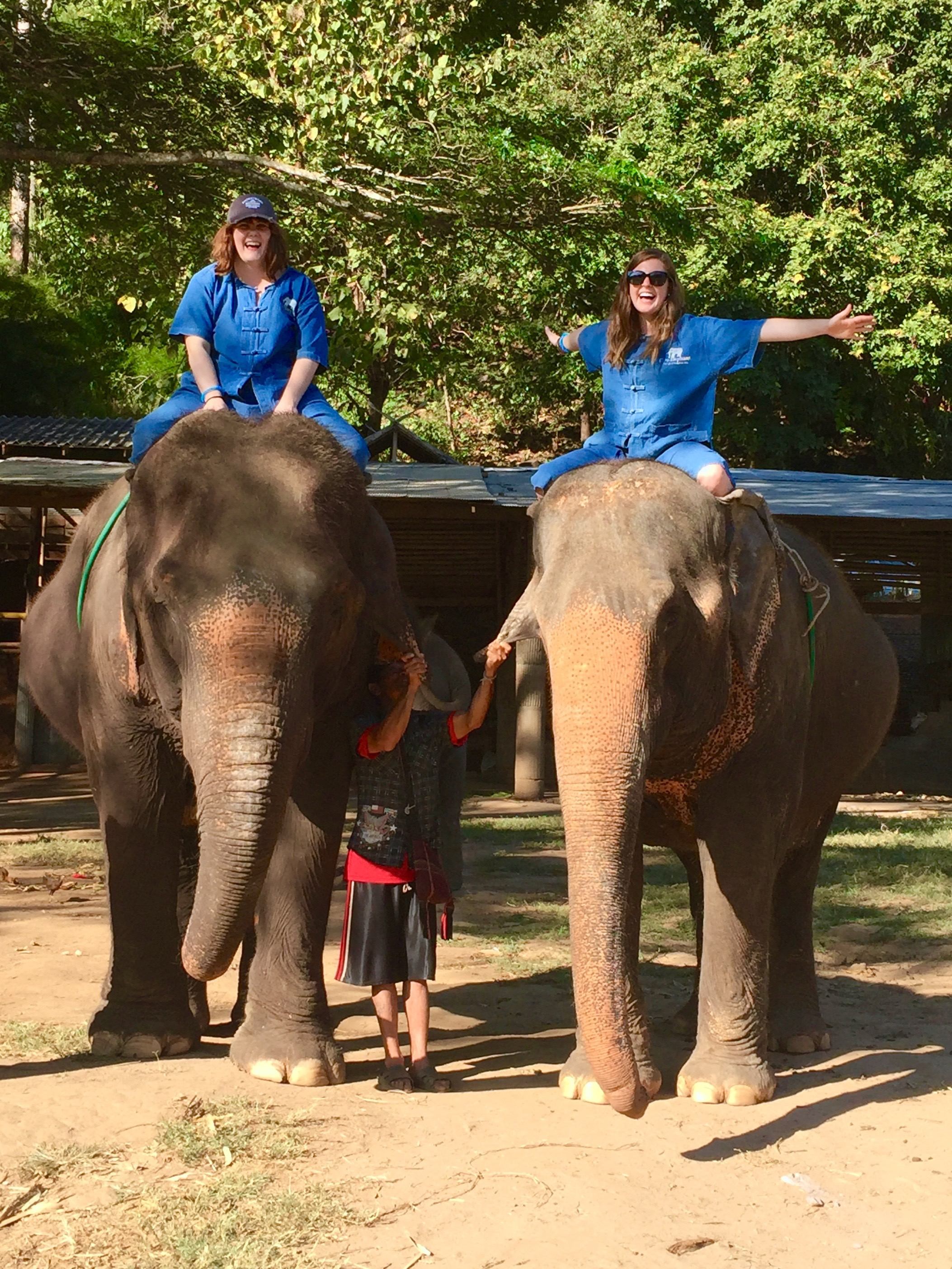 LeeAnn and I on elephants thesweetwanderlust.com