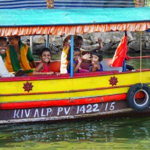 Backwaters of Kerala thesweetwanderlust.com