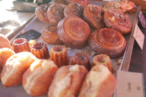 Wanaka Farmer's Market and the best donut I ever ate