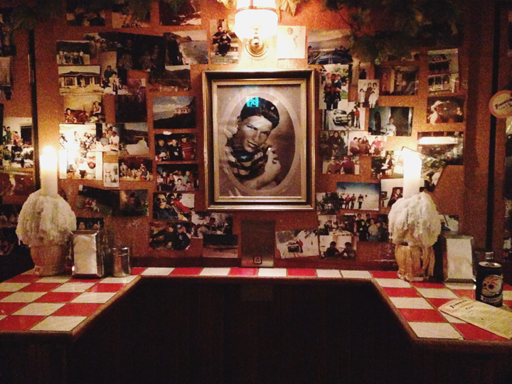 Old school vibes at Frankie's Pizza \ Photo: Abby Topperwien