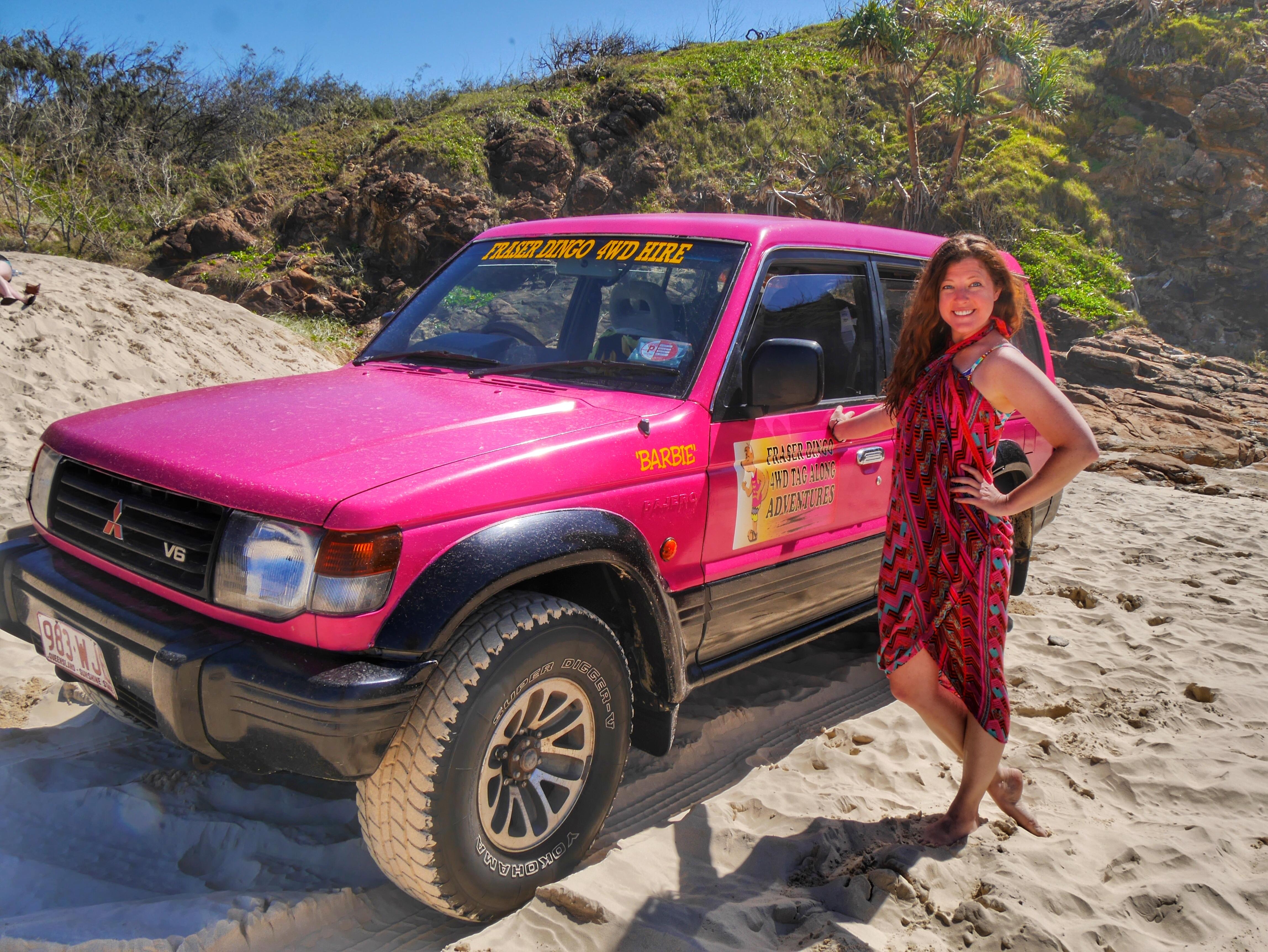 4x4 drive on Fraser Island Australia thesweetwanderlust.com