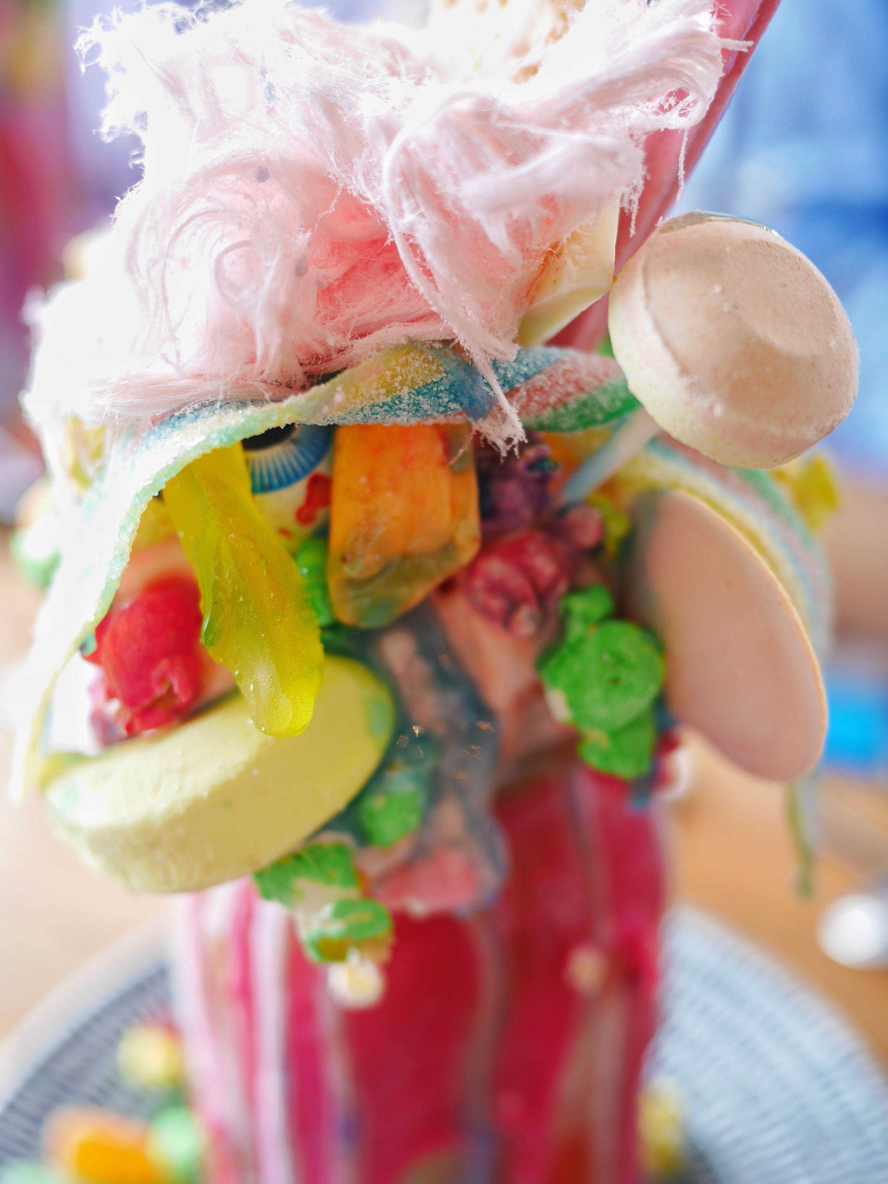 Sugar Buns Candyland freakshake - Melbourne's best freakshakes thesweetwanderlust.com