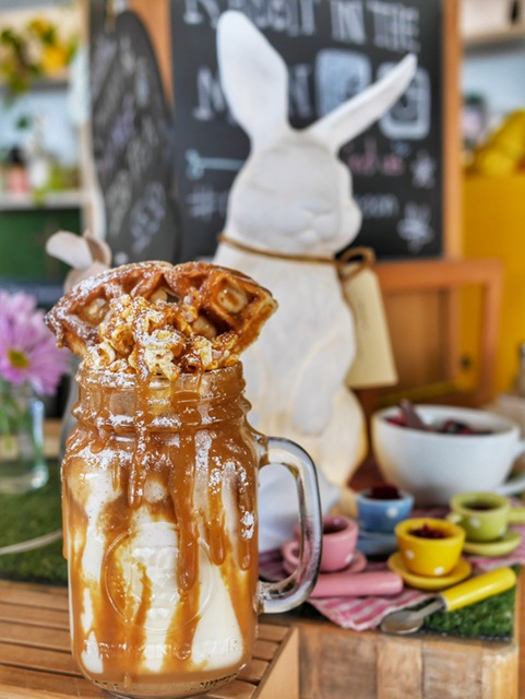 Rabbit in the Moon Cafe best freakshake Perth