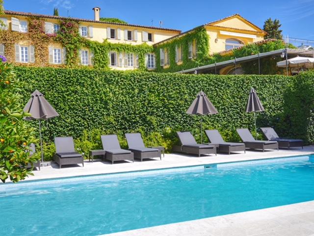 La Bastide Saint-Antoine pool