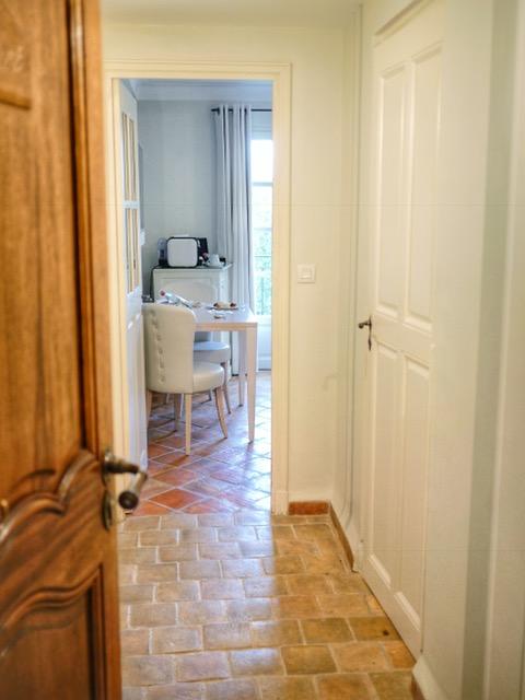La Bastide Saint-Antoine room entry