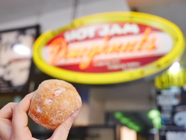 Walker's Doughnuts near Flinders Street Station