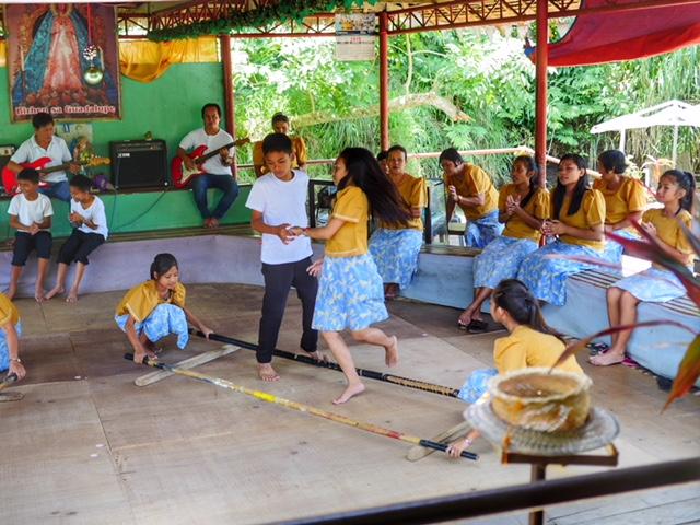BetterMan Tours - Bohol Day Tour - Traditional Dancing Loboc River