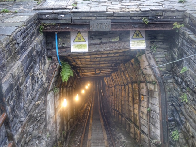 Slate Caverns cable railway