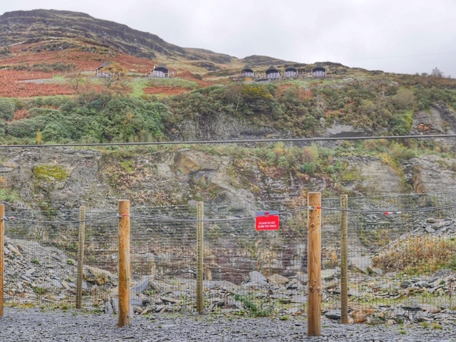 Slate Caverns glamping Snowdonia