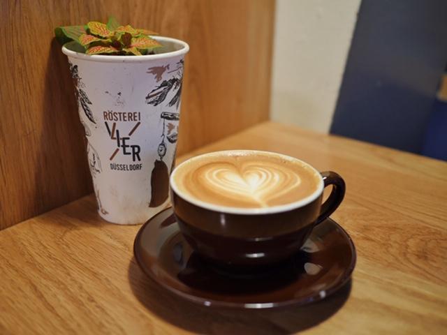 Best coffee in Düsseldorf, Germany Rösterei VIER