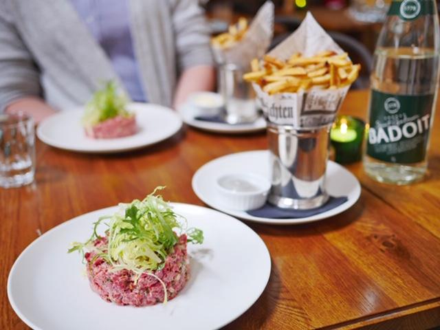 Düsseldorf Bistro Sommelier steak tartare