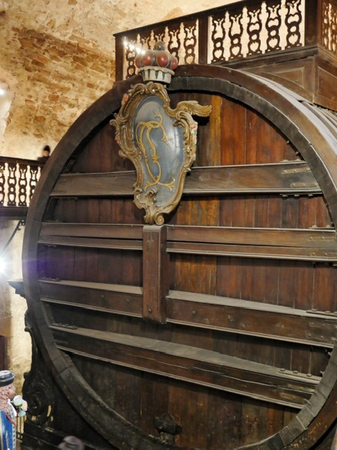 Heidelberg Castle wine barrel